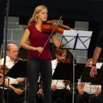 Solistin Anna Hösl (Viola)
